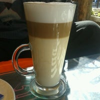 Photo taken at Zambo Café by Yavor Y. on 10/28/2013