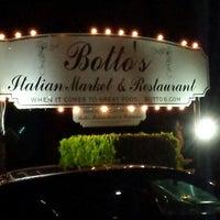 Photo taken at Botto's Italian Restaurant by Johnny G. on 3/16/2014