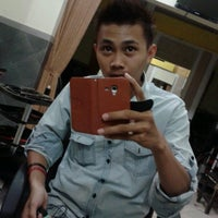 Photo taken at Salon Bee Cool by Arif W. on 8/18/2013