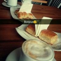 Photo taken at Zingaro Caffe by Dulcinea on 11/4/2016