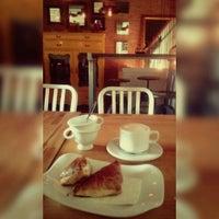 Photo taken at Zingaro Caffe by Dulcinea on 11/15/2016