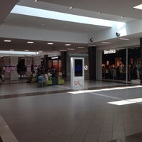 Foto scattata a Centro commerciale Il Cuore Adriatico da Lamberto M. il 6/28/2014