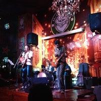 Das Foto wurde bei McCarthy's Irish Pub von Eduardo R. am 1/26/2014 aufgenommen