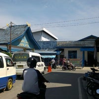 Photo taken at Pelabuhan Tanjung Batu Kundur by Small Man .. on 6/28/2014