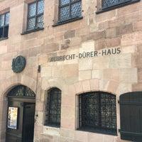 Das Foto wurde bei Albrecht-Dürer-Haus von Neha J. am 8/20/2018 aufgenommen