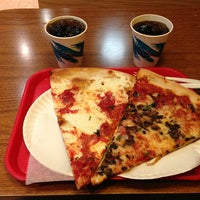 Photo taken at New York Pizza Suprema by Romeo C. on 5/25/2013