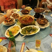 Photo taken at Mei Wei Lou by Peter D. on 9/13/2014