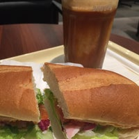 Photo taken at Doutor Coffee Shop by Yako on 5/1/2015
