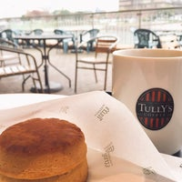Photo taken at Tully's Coffee by Yako on 11/28/2016