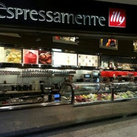 Photo taken at Espressamente Illy by Pamela K. on 12/21/2012