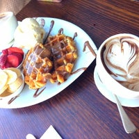 Photo taken at Max Brenner Chocolate Bar by Flora H. on 8/19/2013