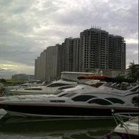 Photo taken at Dermaga 6 Marina Ancol by Arya A. on 2/22/2013