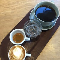 Photo taken at Elm Coffee Roasters by Adley on 10/4/2017