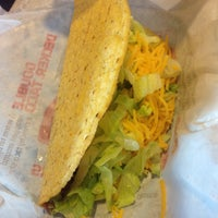 Photo taken at Taco Bell by Christian S. on 7/21/2016