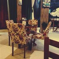 Photo taken at Family Café | كافه فاميل by Armaghan F. on 11/23/2014