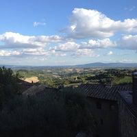 Foto diambil di Locanda San Domenico oleh David B. pada 9/25/2013