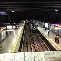 Foto tomada en Metro Santa Lucía por Kevin B. el 4/1/2013