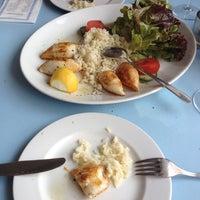 Das Foto wurde bei Kreta Grill von Murat Y. am 4/8/2014 aufgenommen