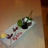Das Foto wurde bei Patika Cafe & Bistro von Mevlüt O. am 7/15/2013 aufgenommen