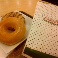 Foto scattata a Krispy Kreme da Erwin Rommel L. il 7/28/2013