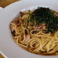 Photo taken at パルパスタ Pal Pasta 本店 by tamatatto on 9/21/2014