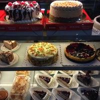 Photo taken at Cafe Rysus by Nikki Zarah B. on 8/12/2015