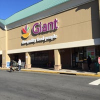 Photo taken at Giant by Neal E. on 12/27/2014