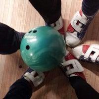Photo prise au Le Chorus Bowling par Catherine L. le11/2/2013