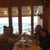Photo taken at Yalı Aile Restaurant by Birsen T. on 5/15/2017