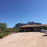 Photo taken at Superstition Mountain Museum by Vasundhara R. on 3/25/2017