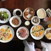 Снимок сделан в Спа-отель Цунами пользователем Natasha L. 7/1/2017
