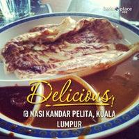Photo taken at Nasi Kandar Pelita by mrpolie™ on 1/8/2013