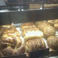 9/6/2012 tarihinde Enes S.ziyaretçi tarafından Starbucks'de çekilen fotoğraf