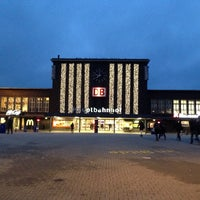 Foto diambil di Duisburg Hauptbahnhof oleh Ingo S. pada 11/22/2013