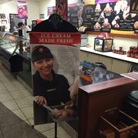 Photo taken at Cold Stone Creamery by Henoc M. on 2/18/2015