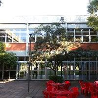 Photo taken at Prédio 6 by Rodolfo T. on 7/30/2013