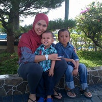 Photo taken at Hairos Indah Waterpark by Iskandar H. on 11/15/2014