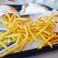 Foto tomada en Burger King por Vanessa I. el 2/12/2014