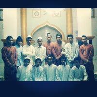 Photo taken at Masjid Baiturrahman Al-Hidayah Kronjo Pamong by IPPKP T. on 7/17/2013