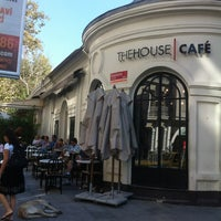 Foto tirada no(a) The House Café por Mr.T em 7/29/2013