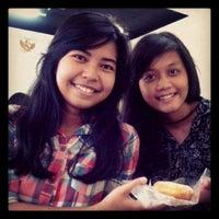 Photo taken at Universitas Negeri Jakarta kampus A by vivi y. on 6/2/2013