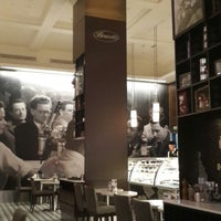 Photo taken at Brunetti Caffe مقهى برونيتي by Muntasir A. on 10/3/2013