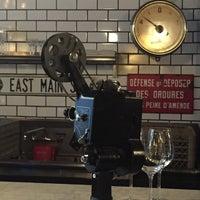 7/25/2015にJohn E.がVanguard Wine Barで撮った写真