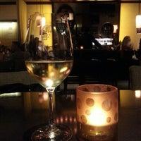 Foto tomada en CRÚ - A Wine Bar por Almadeseneca el 7/18/2013
