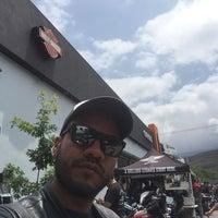 Photo taken at Coyote Harley-Davidson by Jose Juan T. on 5/21/2016