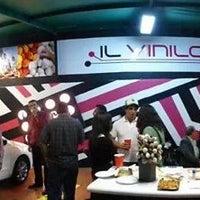 Photo taken at Il Vinilo by Dario C. on 1/20/2014
