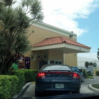 Photo taken at Pollo Tropical by Kevin H. on 3/3/2013