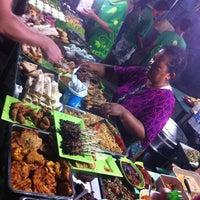 Photo taken at Green Cafe #GiliTrawangan by Smoothie R. on 11/17/2013