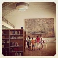Foto scattata a Biblioteca San Giorgio da Marilou R. il 8/8/2013