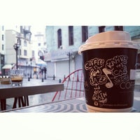 Photo prise au Coffeetopia par Mehmet M. le11/30/2014